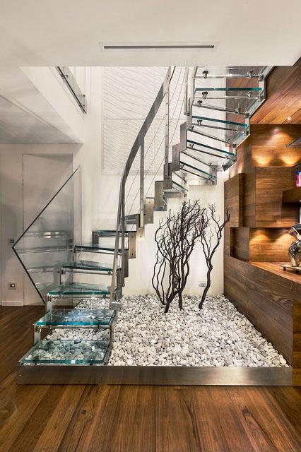 escalier verre inox